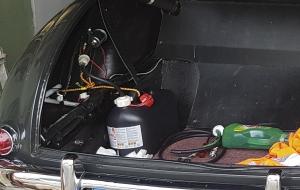 Notfalllösung... Benzin aus Reservetank ansaugen.